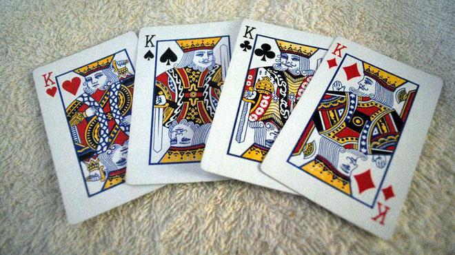 Mỗi vị vua được mô tả trên lá bài K là một nhân vật lịch sử có thật.