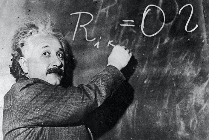 Einstein không quá giỏi toán nếu so với sự am hiểu của ông về vật lý học