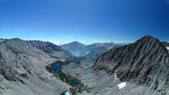Dãy núi Sierra Nevada, nơi quá trình địa chất diễn ra sôi động ngoài sức tưởng tượng