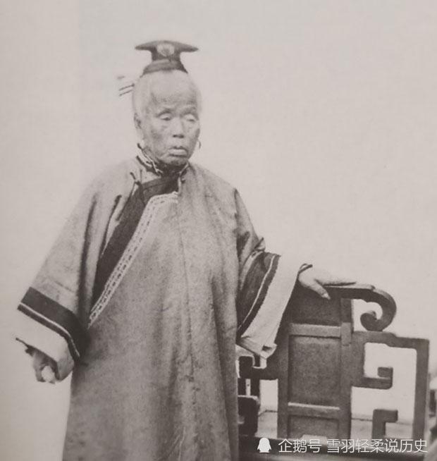 Người mẹ thân sinh của Lý Hồng Chương là một thiên kim tiểu thư danh giá.