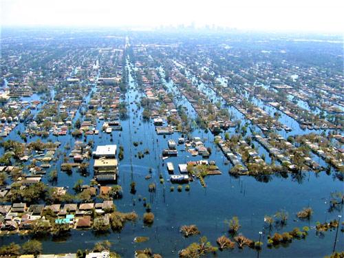 Các nhà khoa học đã cảnh báo chúng ta sẽ phải chứng kiến những trận lũ lụt thường xuyên hơn và tàn khốc hơn