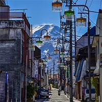 """Biểu tượng nước Nhật đẹp đến """"siêu thực"""" trong bức ảnh xuất sắc của nhiếp ảnh gia"""