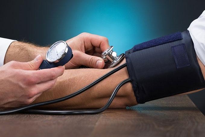 Huyết áp mức chuẩn không quá 120/80 mmHg.