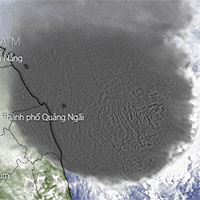 Bão số 10 áp sát vùng biển Quảng Ngãi - Phú Yên, các tỉnh Trung Bộ bắt đầu mưa lớn