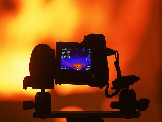 Công nghệ phát hiện hồng ngoại mới có thể gắn trên camera thông thường.