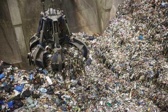 Đốt rác thải sinh hoạt để phát điện có thể đi ngược lại mục tiêu kinh tế quay vòng.
