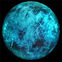 Giải mã hiện tượng phát sáng xanh trên mặt trăng sao Mộc