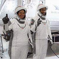 Phi hành giachuẩn bị bay lên ISS bằng tàu SpaceX lần hai