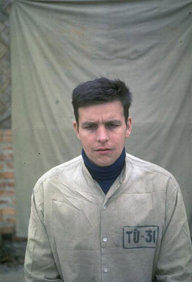 Chân dung phi công Mỹ Arthur N. Black bị miền Bắc Việt Nam bắt sống.