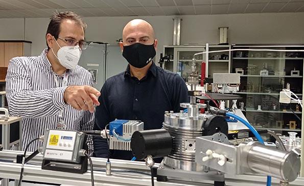 Các nhà khoa học có thể tạo ra hydro và oxy mà chỉ dùng tới vi sóng.