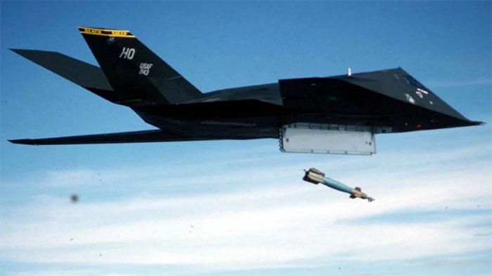 Máy bay chiến đấu SR-71 Blackbird