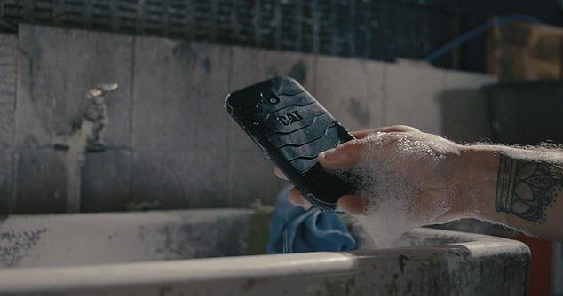 Công nghệ kháng khuẩn Biomaster làm giảm số lượng vi khuẩn trên điện thoại