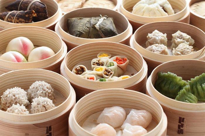 Bữa ăn cho các hoàng đế Trung Quốc chú trọng sự hài hòa, đa dạng.