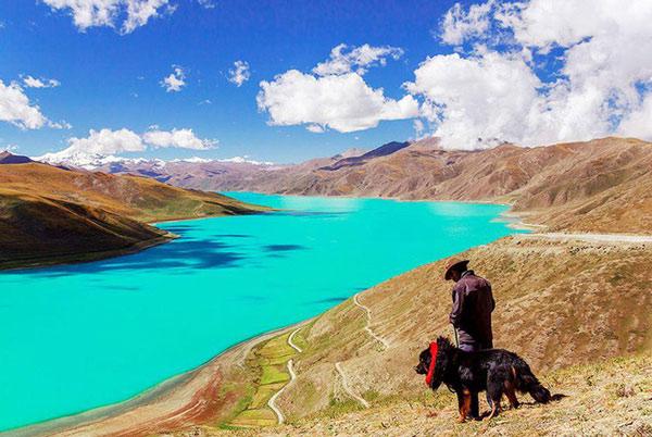 Cảnh sắc hồ Yamdrok