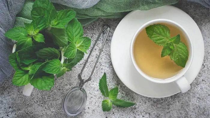 Chiết xuất từ bạc hà giúp giảm tình trạng đau bụng cho phụ nữ trong chu kỳ kinh nguyệt.