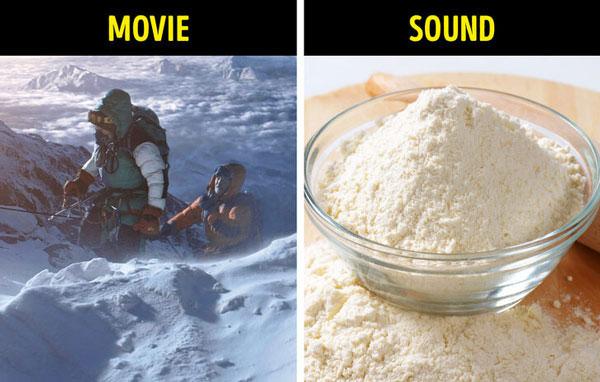 Tiếng bước chân trên tuyết – dùng bột ngô