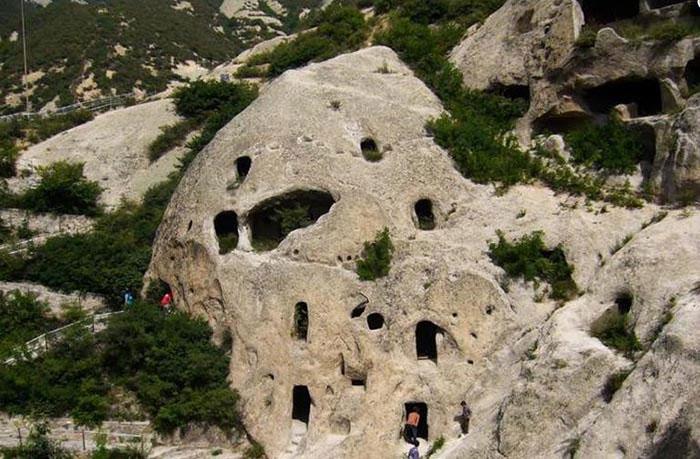 Những bộ hài cốt này đều là người cổ đại sống cách đây khoảng 1.000 năm.