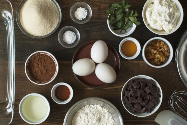 Trong 100g trứng vịt chứa 80µg folate, trong khi trứng gà chứa 47µg.