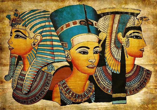 Sức mạnh của Cleopatra chính là nhan sắc và kỹ thuật quyến rũ đàn ông siêu đẳng cấp mình.