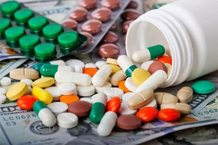 Tĩnh mạch cửa gan sẽ đưa các chất thuốc từ ruột non đến gan qua máu.