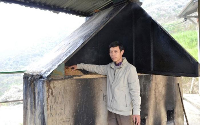 Thầy giáo Vũ Xuân Quế và công trình cấp nước nóng cho học sinh Trường Bát Xát
