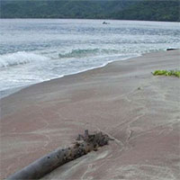 Cát ngọc hồng lựu tiết lộ hòn đảo bị Trái đất nuốt chửng rồi nhả ra