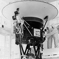 NASA liên lạc lại được với tàu vũ trụ 44 năm tuổi