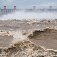 Mực nước sông Dương Tử giảm dần trong 40 năm, chuyện gì đang xảy ra?