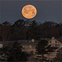 """Hình ảnh """"siêu trăng giun"""" trên khắp thế giới"""