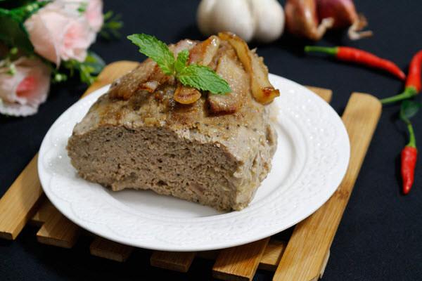 Pate chay có thành phần chính là nấm.