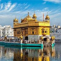 """Ngôi đền dát vàng giữa hồ thiêng """"chữa bách bệnh"""" ở Ấn Độ"""