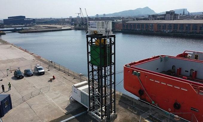 Hệ thống thử nghiệm đặt trên tháp cao của Gravitricity.