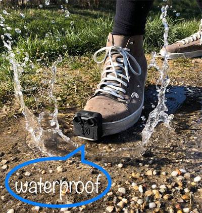 Giày có khả năng chống nước, chống bụi.