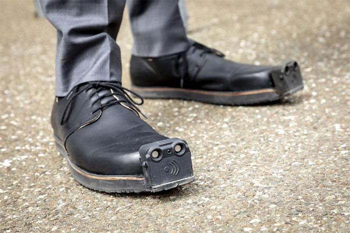 Giày được điều khiển bằng trí tuệ nhân tạo có tên gọi InnoMake.