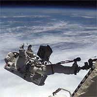 Giờ đây, các phi hành gia có thể làm sạch đồ lót trong vũ trụ