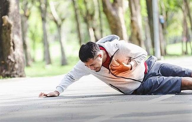 Đột tử do tập luyện, hoạt động gắng sức đa số liên quan đến vấn đề tim mạch.