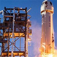 Vé du lịch vũ trụ cùng Jeff Bezos có giá lên tới 28 triệu USD
