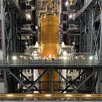 Hình ảnh đầu tiên về siêu tên lửa SLS của NASA sau khi hoàn thiện