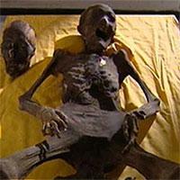 Khai quật lăng mộ, đội khảo cổ khiếp đảm khi thấy xác ướp từng tỉnh dậy trong quan tài